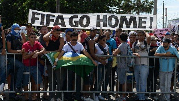 Mondiale 2014: perché i brasiliani protestano