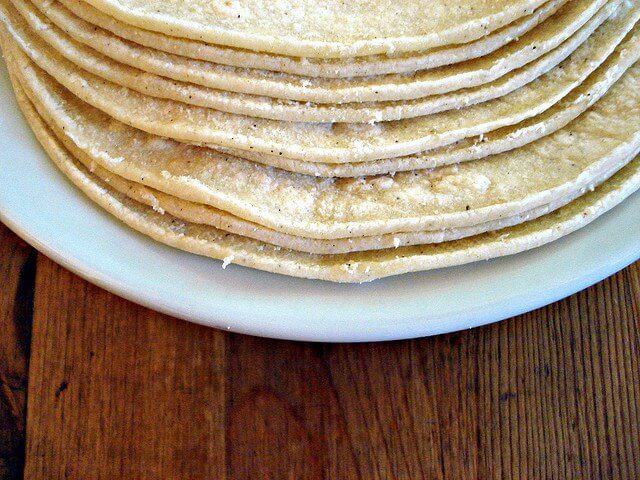 tortillas-di-farina-di-mais-al-posto-del-pane