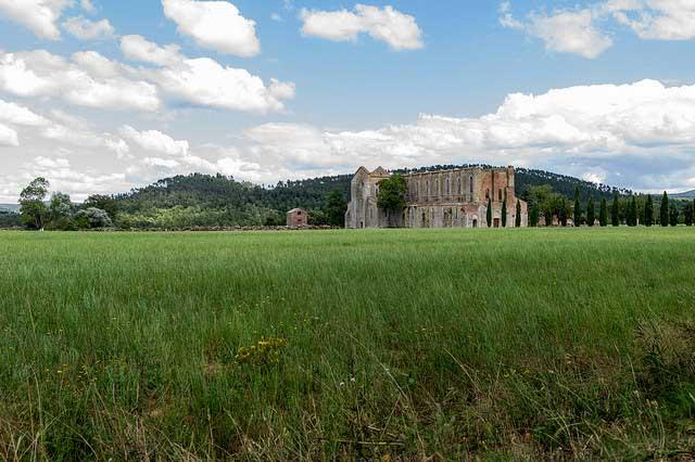 itinerari a piedi via francigena