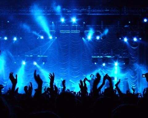10 cose da non fare a un concerto