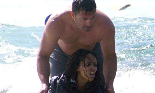 Strage di migranti: storia dell'eroe greco sulla spiaggia