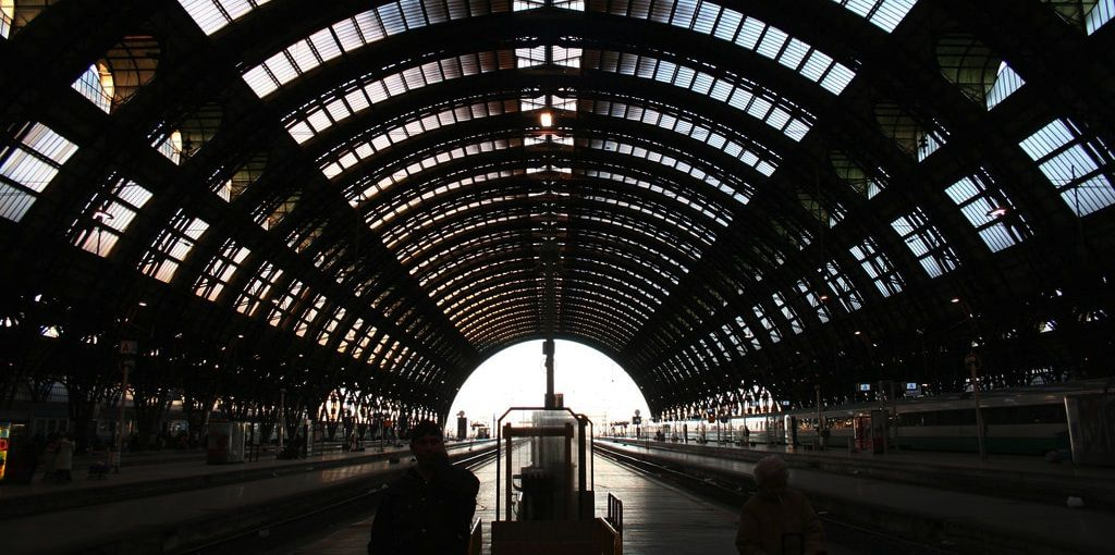 migranti stazione milano