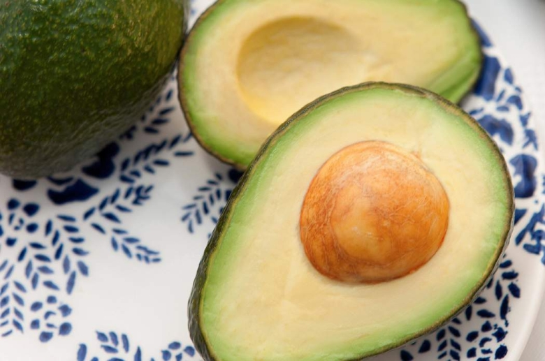 come si pulisce avocado infiammazione intestino cieco