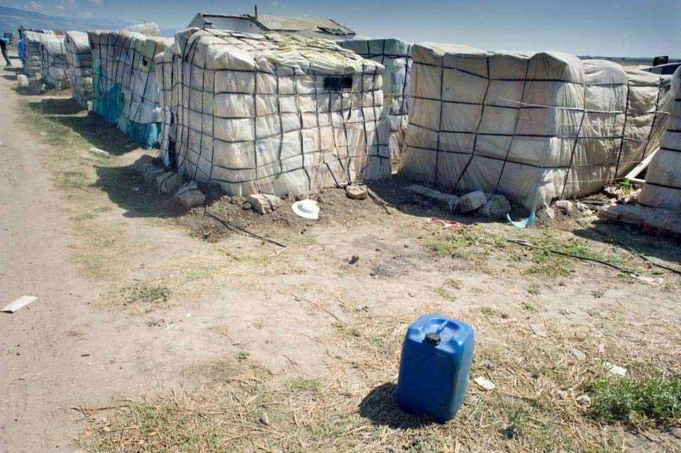 Caporalato e morte: il ghetto di Rignano