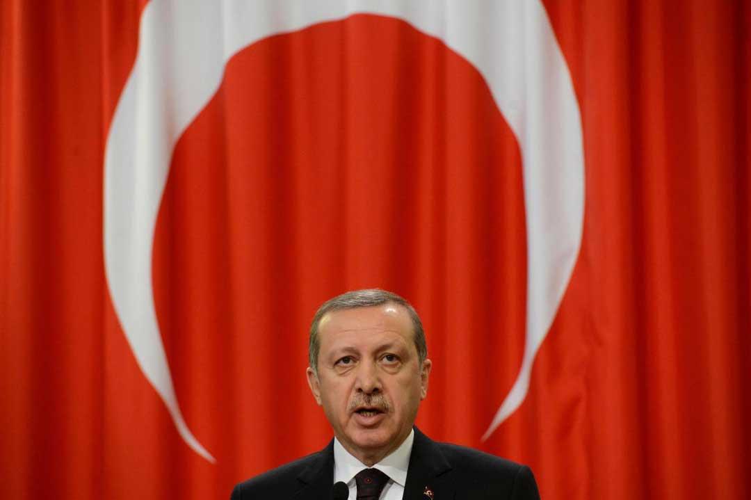 Chi è Erdogan, il sultano della Turchia. Tra autoritarismo interno ed aggressività nello scenario internazionale, chi è il presidente turco