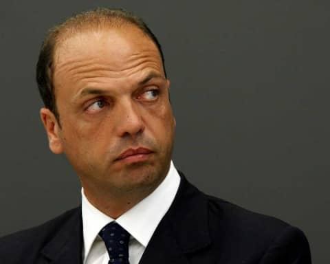 elogio di Angelino Alfano, il governante senza voti