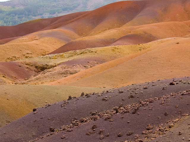 Scoprire i misteri delle terre colorate è una delle cose da fare Mauritius
