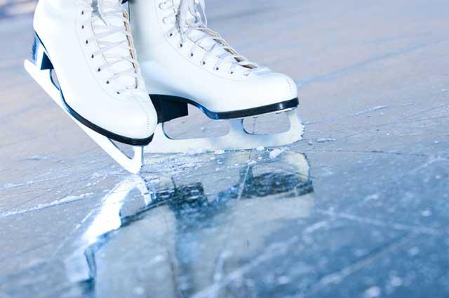 Cosa fare a Milano d'inverno pattinare sul ghiaccio