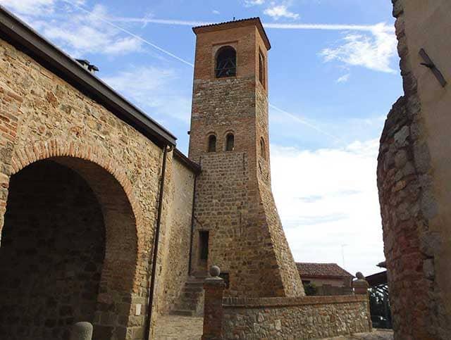 Brodo di giuggiole Arquà Petrarca Oratorio della S.S. Trinità