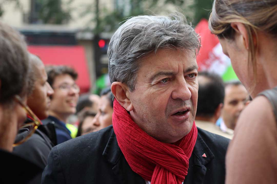 Jean-Luc Mélenchon è un politico francese, candidato comunista alle elezioni presidenziali francesi del 2017.