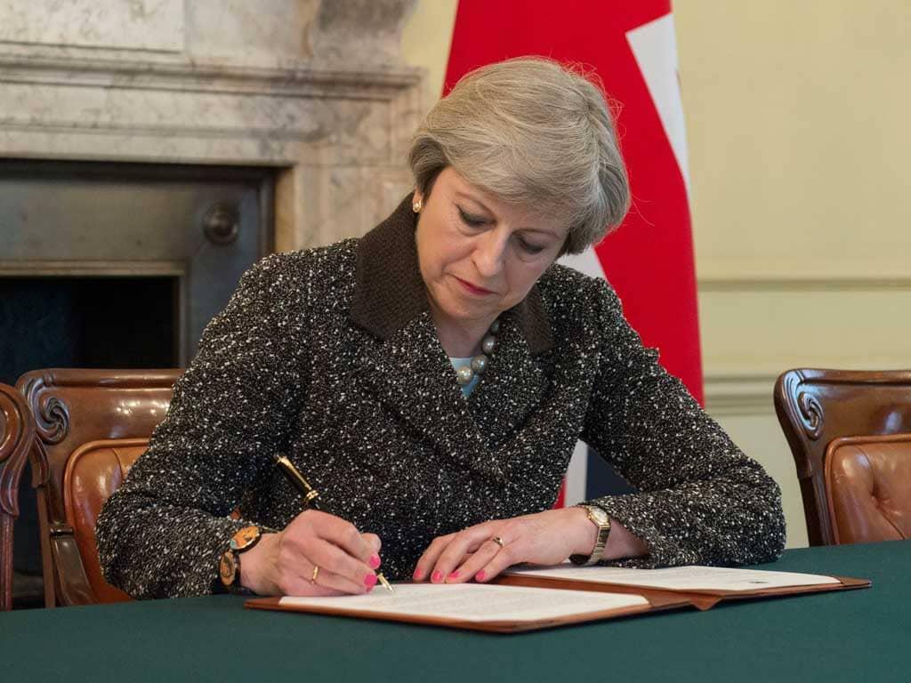 Prima Brexit, ora le elezioni: la strategia del primo ministro Theresa May