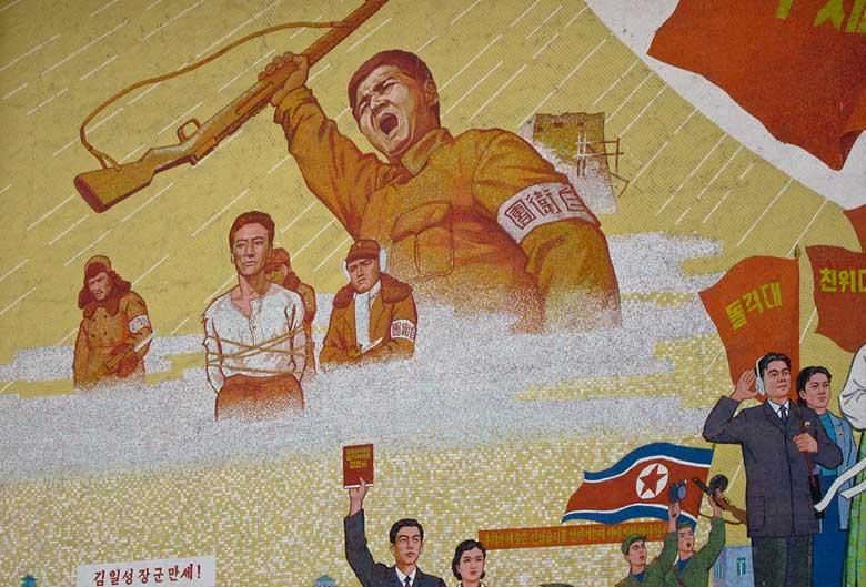 La storia della Corea del Nord è la storia della famiglia Kim, a cui l'Unione Sovietica ha assegnato il governo del paese dopo la seconda guerra mondiale