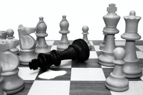 La nuova legge elettorale, il Rosatellum, il risultato dell'ennesima partita a scacchi tra partiti