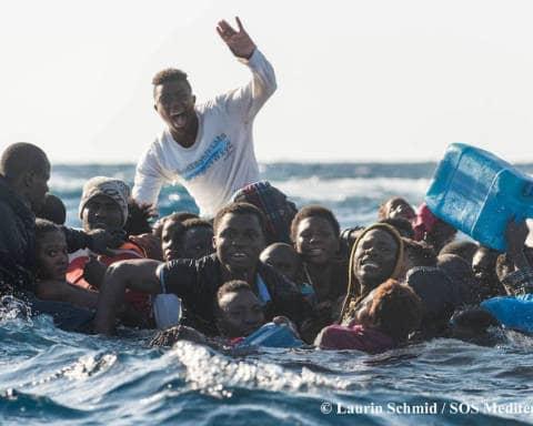 salvataggio-in-mare-migranti