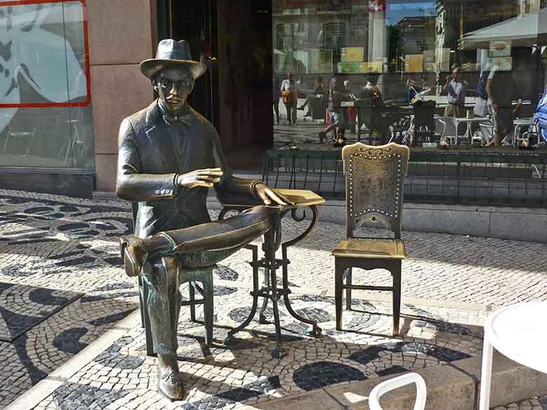 Viaggio a Lisbona Fernando Pessoa