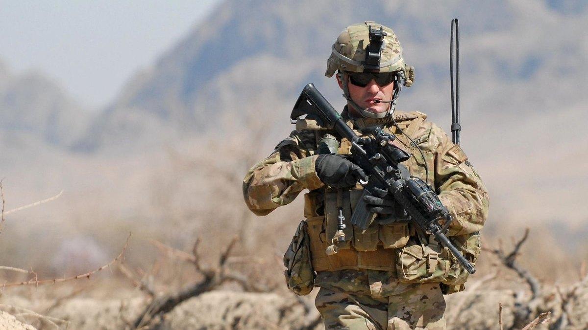 soldato afghanistan